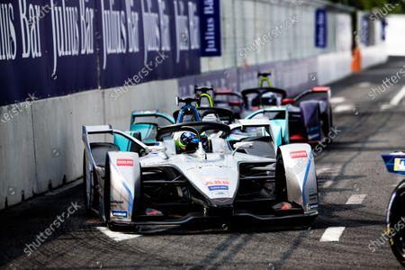 Felipe Massa (BRA), Venturi Formula E, Venturi VFE05, leads Nelson Piquet Jr. (BRA), Panasonic Jaguar Racing, Jaguar I-Type 3, and Sam Bird (GBR), Envision Virgin Racing, Audi e-tron FE05