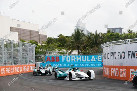 Tom Dillmann (FRA), NIO Formula E Team, NIO Sport 004, leads Mitch Evans (NZL), Panasonic Jaguar Racing, Jaguar I-Type 3, and Nelson Piquet Jr. (BRA), Panasonic Jaguar Racing, Jaguar I-Type 3