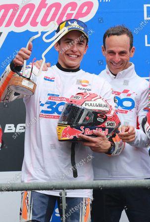 Podium: race winner Marc Marquez, Repsol Honda Team, Alberto Puig, Repsol Honda Team Team Principal.