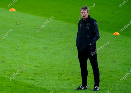 Stuart Pearce first team coach of West Ham United