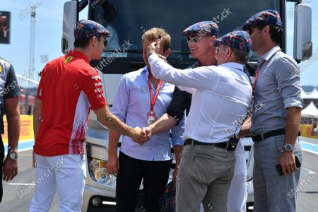 Charles Leclerc, Ferrari, Nico Rosberg, David Coulthard Martin Brundle and Mark Webber wearing flat caps to celebrate the recent birthday of Sir Jackie Stewart, 3-time F1 Champion