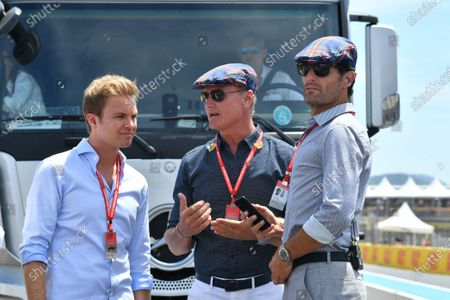 Nico Rosberg, David Coulthard and Mark Webber wearing flat caps to celebrate the recent birthday of Sir Jackie Stewart, 3-time F1 Champion