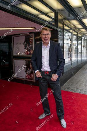 Mika Hakkinen on the red carpet