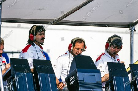 Gordon Murray, Ron Dennis and Steve Nichols on the McLaren pit wall.