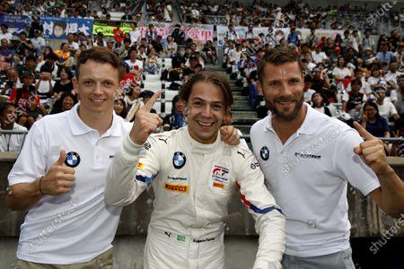 Pole sitter #42 BMW Team Schnitzer BMW M6 GT3: Augusto Farfus, Nick Yelloly, Martin Tomczyk.
