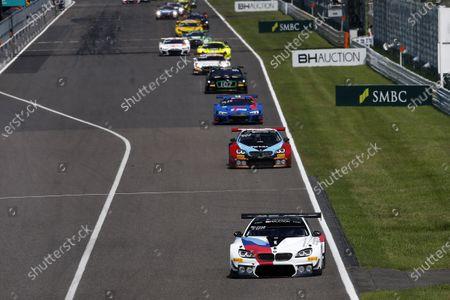 #42 BMW Team Schnitzer BMW M6 GT3: Augusto Farfus, Nick Yelloly, Martin Tomczyk leads.