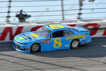 #8: Dale Earnhardt Jr., JR Motorsports, Chevrolet Camaro Hellmann's