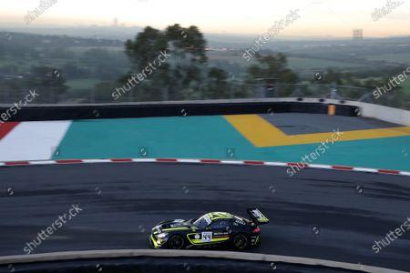 #44 Mercedes-AMG Team Strakka Racing Mercedes-AMG GT3: Gary Paffett, Tristan Vautier, Lewis Williamson.