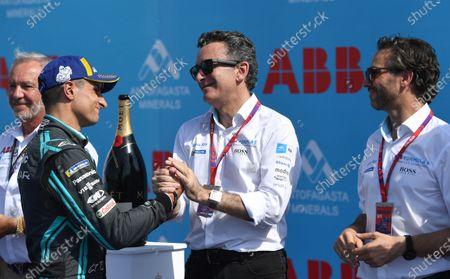 Mitch Evans (NZL), Panasonic Jaguar Racing, 3rd position, with Alejandro Agag, Chairman of Formula E on the podium