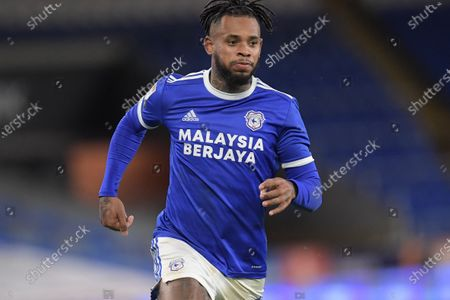 Leandro Bacuna #7 of Cardiff City in action