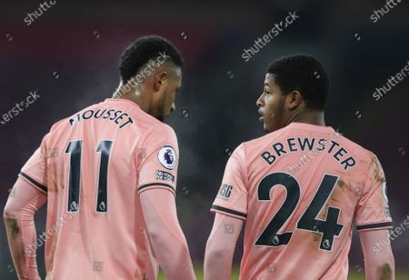 Lys Mousset #11  and Rhian Brewster #24 of Sheffield United line up the defensive wall