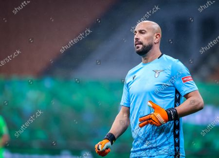 Pepe Reina of SS Lazio in action during the Serie A 2020/21 football match between AC Milan and SS Lazio at San Siro Stadium. (Final Score: AC Milan  3 / 2  SS Lazio)