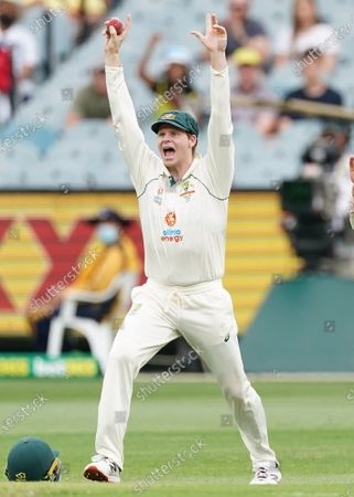 Steven Smith of Australia appeals after taking a catch to dismiss Hanuma Vihari of India during day two of the second Test Match between Australia and India at The MCG, Melbourne, Australia, 27 December 2020.