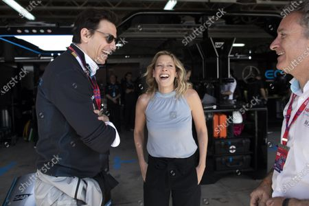 Toto Wolff with TV Presenter Jennie Gow and Alejandro Agag, Chairman of Formula E in the Mercedes-Benz EQ garage
