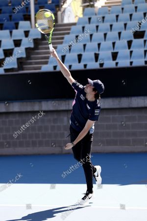 Lance Stroll, Racing Point plays tennis with Lleyton Hewitt