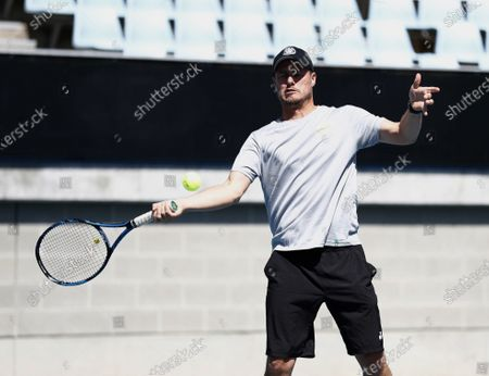 Lleyton Hewitt plays tennis with Lance Stroll, Racing Point