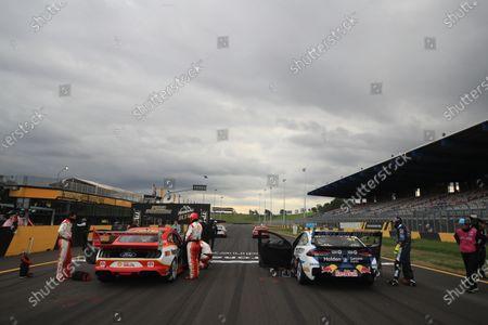 Scott McLaughlin, DJR Team Penske Ford, and Shane van Gisbergen, Triple Eight Engineering Holden