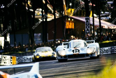 Stock Picture of Pedro Rodriguez / Jackie Oliver, John Wyer Automotive Engineering, Porsche 917 LH.