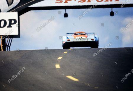 Stock Picture of Jo Siffert / Derek Bell, John Wyer Automotive Engineering, Porsche 917 LH.
