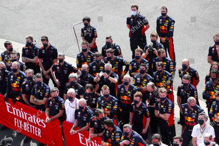 Christian Horner, Team Principal, Red Bull Racing, Helmut Marko, Consultant, Red Bull Racing, Adrian Newey, Chief Technical Officer, Red Bull Racing, and the Red Bull team cheer for Max Verstappen, Red Bull Racing, 1st position, on the podium