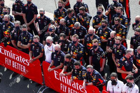 Christian Horner, Team Principal, Red Bull Racing, Helmut Marko, Consultant, Red Bull Racing, Adrian Newey, Chief Technical Officer, Red Bull Racing, and the Red Bull team celebrate a win for Max Verstappen, Red Bull Racing, 1st position