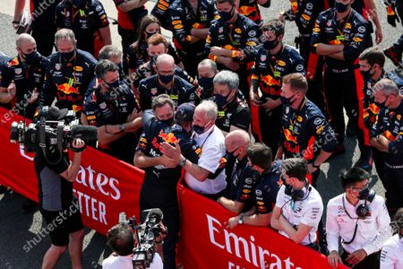 Max Verstappen, Red Bull Racing, celebrates in Parc Ferme with Christian Horner, Team Principal, Red Bull Racing, Helmut Marko, Consultant, Red Bull Racing, Adrian Newey, Chief Technical Officer, Red Bull Racing, and the Red Bull team