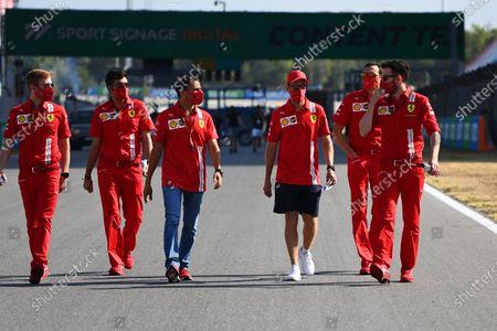 Sebastian Vettel, Ferrari, Marc Gene and other colleagues walk the circuit