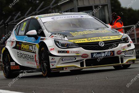 Mike Bushell (GBR) - RCIB Insurance Racing with Team HARD Volkswagen CC