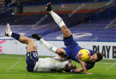 Cesar Azpilicueta (R) of Chelsea in action against Jack Grealish (L) of Aston Villa during the English Premier League soccer match between Chelsea FC and Aston Villa in London, Britain, 28 December 2020.