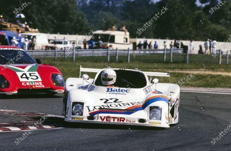 Patrick Gaillard / André Chevalley / Bruno Sotty, André Chevalley Racing, ACR 80B, leads Fabrizio Violati / Duilio Truffo / Maurizio Flammini, Scuderia Supercar Bellancauto, Ferrari 512 BB/LM.