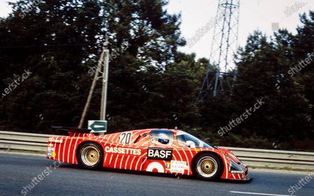 Hans-Joachim Stuck / Jean-Louis Schlesser / Dieter Quester, BASF Cassetten Team GS Sport, Sauber SHS C6.