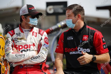 #20: Erik Jones, Joe Gibbs Racing, Toyota Camry Sport Clips, Chris Gayle