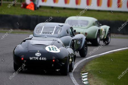 Bill Shepherd / Nick Padmore, AC Cobra leads Patrick Blakeney-Edwards / Gordon Shedden, AC Cobra and Fredrick Wakeman / Andre Lotterer, Lister-Jaguar Coupe in the RAC TT Celebration race.