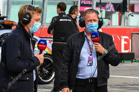 Simon Lazenby, Sky TV, and Martin Brundle, Sky TV, on the grid