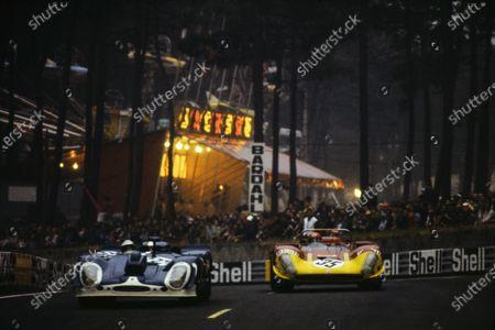 Jo Siffert / Brian Redman, J.W. Automotive Engineering, Porsche 917 K - Porsche 912, leads Giovanni Galli / Rolf Stommelen, Autodelta SpA, Alfa Romeo T33/3.