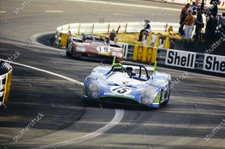 Henri Pescarolo / Graham Hill, Equipe Matra-Simca Shell, Matra-Simca MS670, leads Rolf Stommelen / Giovanni Galli, Autodelta SpA, Alfa Romeo Tipo 33TT3.