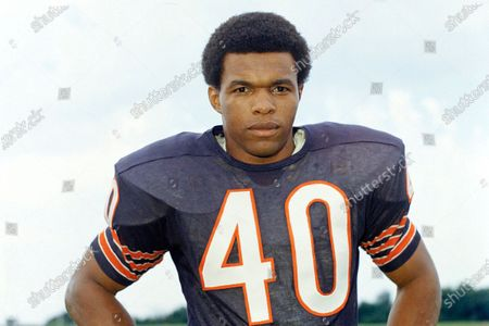 Showing Chicago Bears football player Gale Sayers. Sports in 2020 was an unending state of mourning. Football lost a big piece of its heart: Don Shula, Gale Sayers, Paul Hornung, Bobby Mitchell