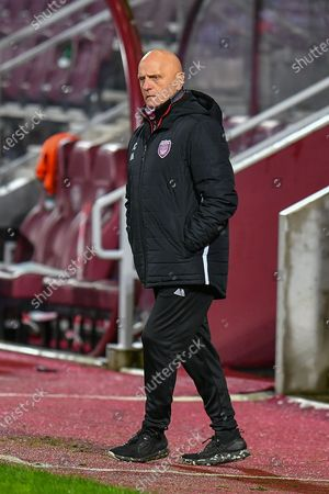 Arbroath FC assistant manager, Ian Campbell looks concerned during the SPFL Championship match between Heart of Midlothian and Arbroath at Tynecastle Park, Edinburgh