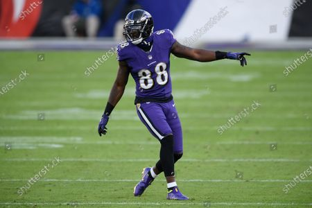 Baltimore Ravens wide receiver Dez Bryant (88) lines up against the New York Giants during the second half of an NFL football game, in Baltimore. The Ravens won 27-13
