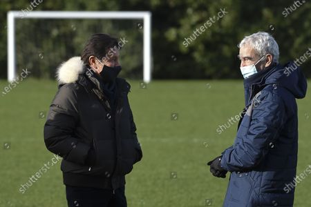 Stock Photo of FC Nantes president Waldemar Kita talks with Raymond Domenech during the first training session of the new Nantes head coach Raymond Domenech at the training center of La Joneliere, in La Chapelle sur Erdre, near Nantes