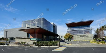 The Eli and Edythe Broad Stage, Santa Monica College Performing Arts Center
