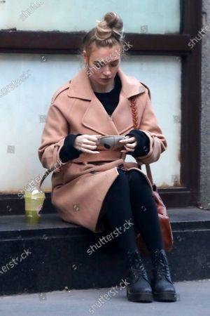 Roxy Horner in Notting Hill
