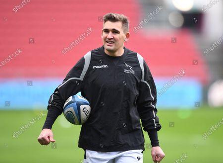 Toby Flood of Newcastle Falcons warms up; Ashton Gate Stadium, Bristol, England; Premiership Rugby Union, Bristol Bears versus Newcastle Falcons.