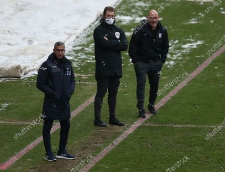 Stock Photo of Preston North End manager Alex Neill and Nottingham Forest manager Chris Hughton