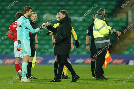 Stock Picture of Norwich City Manager Daniel Farke bumps fists with Norwich City Goalkeeper Tim Krul (1)
