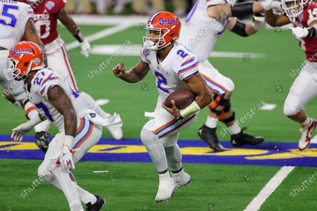 Arlington, TX..Florida Gators quarterback #2 Anthony Richardson in action during the Florida Gators, versus the Oklahoma Sooners college football game, at the Goodyear Cotton Bowl, in Arlington, Texas on , 2020. (Mandatory Credit: Tommy Hays / MarinMedia.org / Cal Sport Media) (Absolute Complete photographer, and credits required)..Television, or For-Profit magazines Contact MarinMedia directly