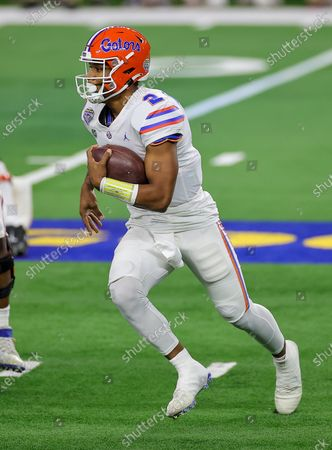 Stock Photo of Arlington, TX..Florida Gators quarterback Anthony Richardson (2) in action during the Florida Gators, versus the Oklahoma Sooners college football game, at the Goodyear Cotton Bowl, in Arlington, Texas on , 2020. (Mandatory Credit: Tommy Hays / MarinMedia.org / Cal Sport Media) (Absolute Complete photographer, and credits required)..Television, or For-Profit magazines Contact MarinMedia directly