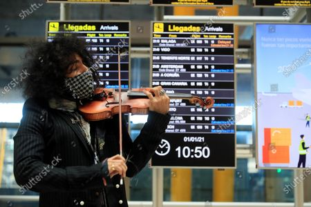 Lebanese violinist Ara Malikian performs during a concert set at Madrid Barajas International Airport in Madrid, Spain on 01 January 2020 on the occasion of the presentation of his new album 'Petit Garage'.