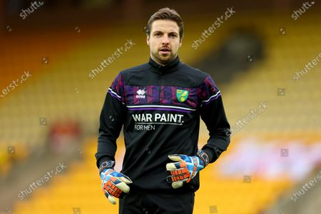 Tim Krul of Norwich City returns from injury and warms up; Carrow Road, Norwich, Norfolk, England, English Football League Championship Football, Norwich versus Barnsley.