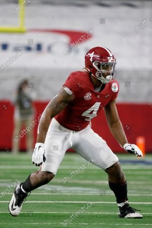 Alabama linebacker Christopher Allen (4) defends against Notre Dame during the Rose Bowl NCAA college football game in Arlington, Texas